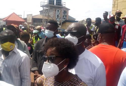 Obaseki, wife queue to vote